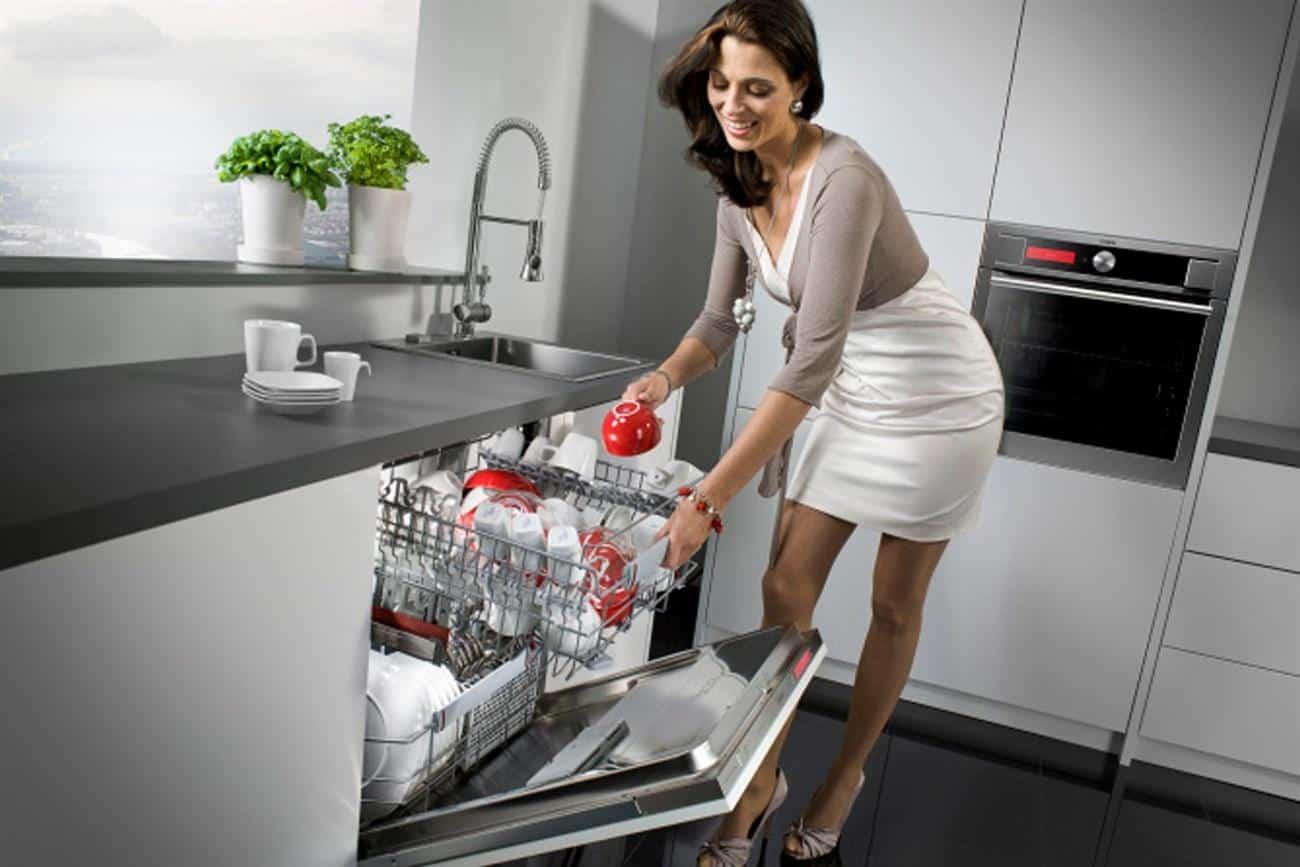 5 lý do bạn nên sở hữu một chiếc máy rửa bát trong nhà