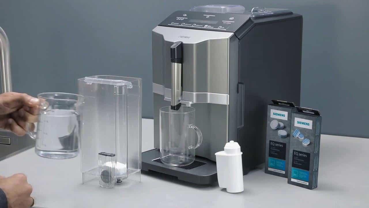 Cách vệ sinh máy pha cà phê dễ dàng nhất bạn nên biết
