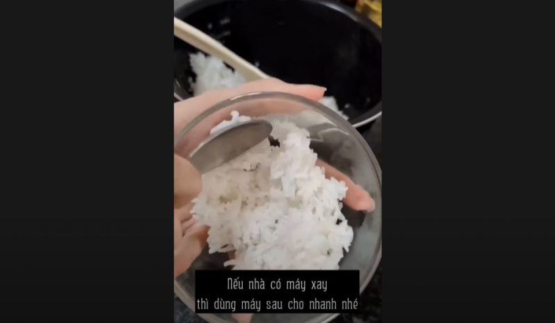 cách làm bánh gạo từ cơm nguội