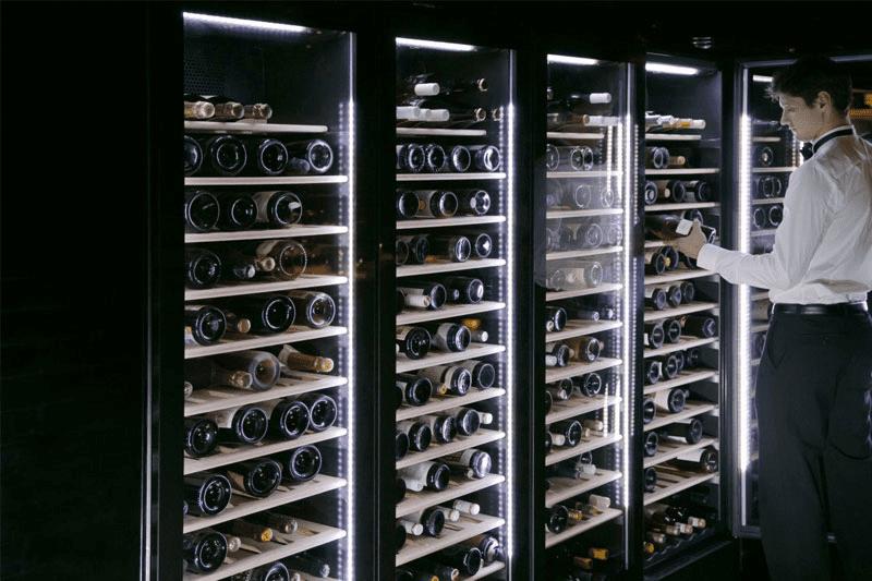 Bảo quản rượu vang trong tủ bảo quản chuyên dụng